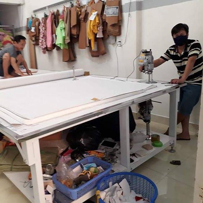 xưởng quần áo trẻ em